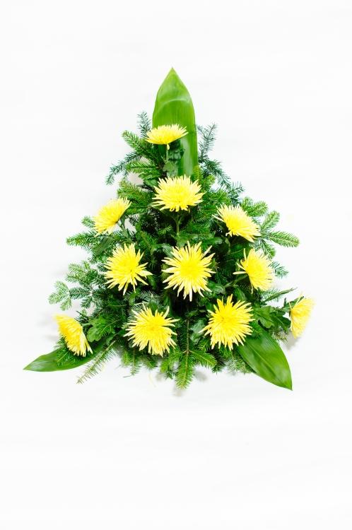 Vypichovaná kytice - jehlicovité chryzantémy, orientační cena - 1 500Kč