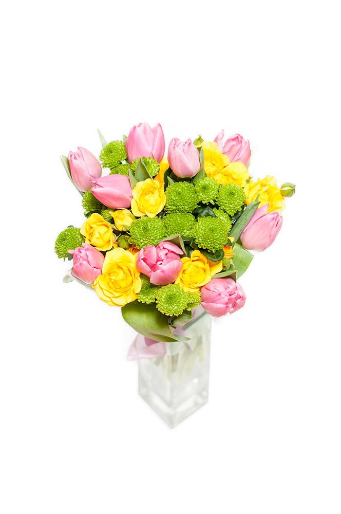 Růžové tulipány a santini