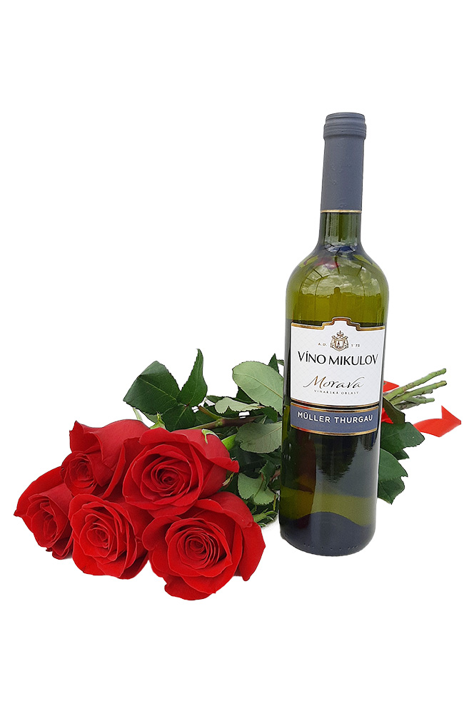 5 RŮŽÍ a bílé víno