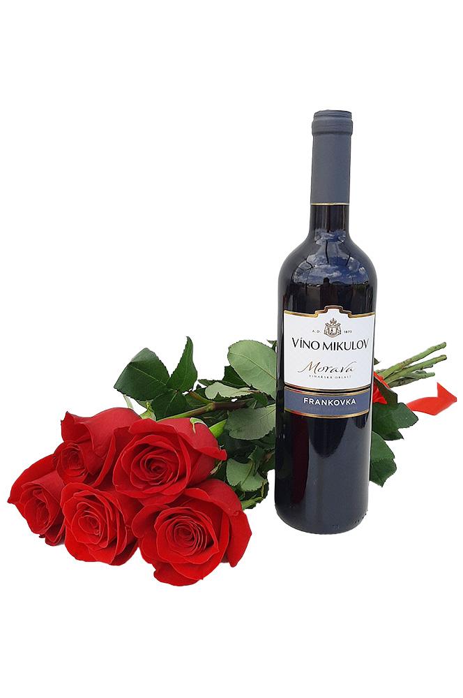 5 RŮŽÍ a červené víno