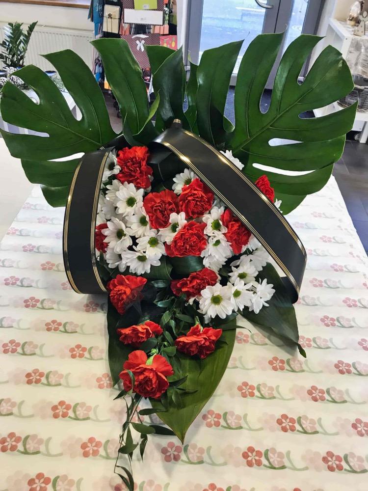 Smuteční kytice - Karafiáty L